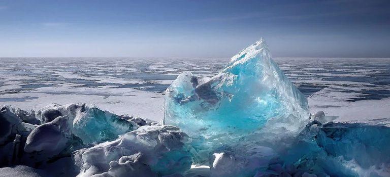 Wieder eine größere Eisbedeckung in Arktis und Antarktis in 2021!