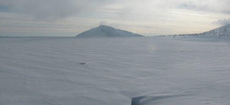 2021 blieb der Winterschnee im Riesengebirge ungewöhnlich lange